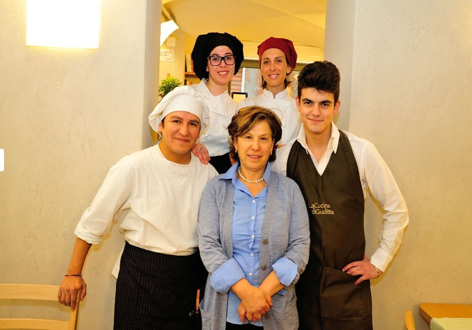 Giuditta Staff + Food