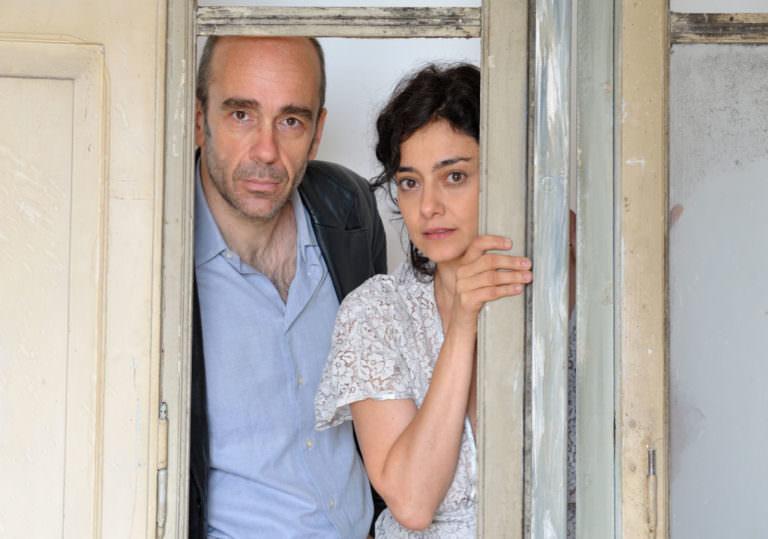 Elena Arvigo (Genova, 28 aprile 1974) è un'attrice italiana