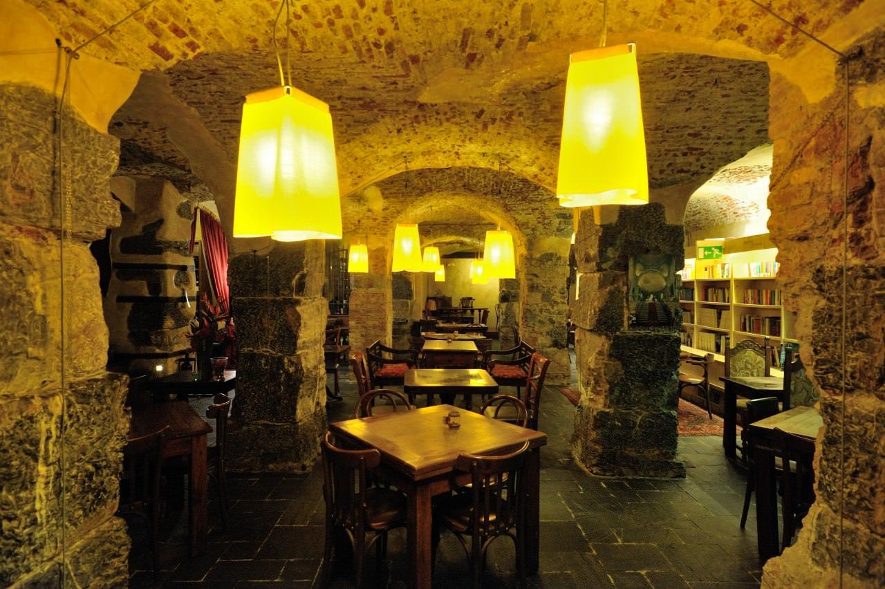 Google Street View – Nouvelle Vague Ristorante Caffè Eno-Libreria