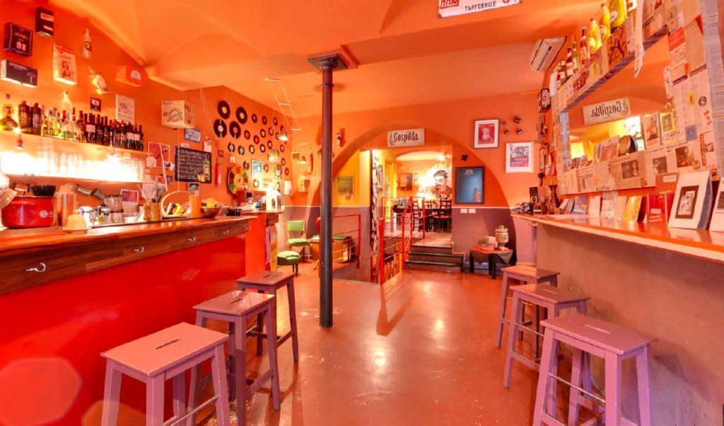 Kowalski Ristorante pub dall Est Europa, Genova - Servizio fotografico Street View