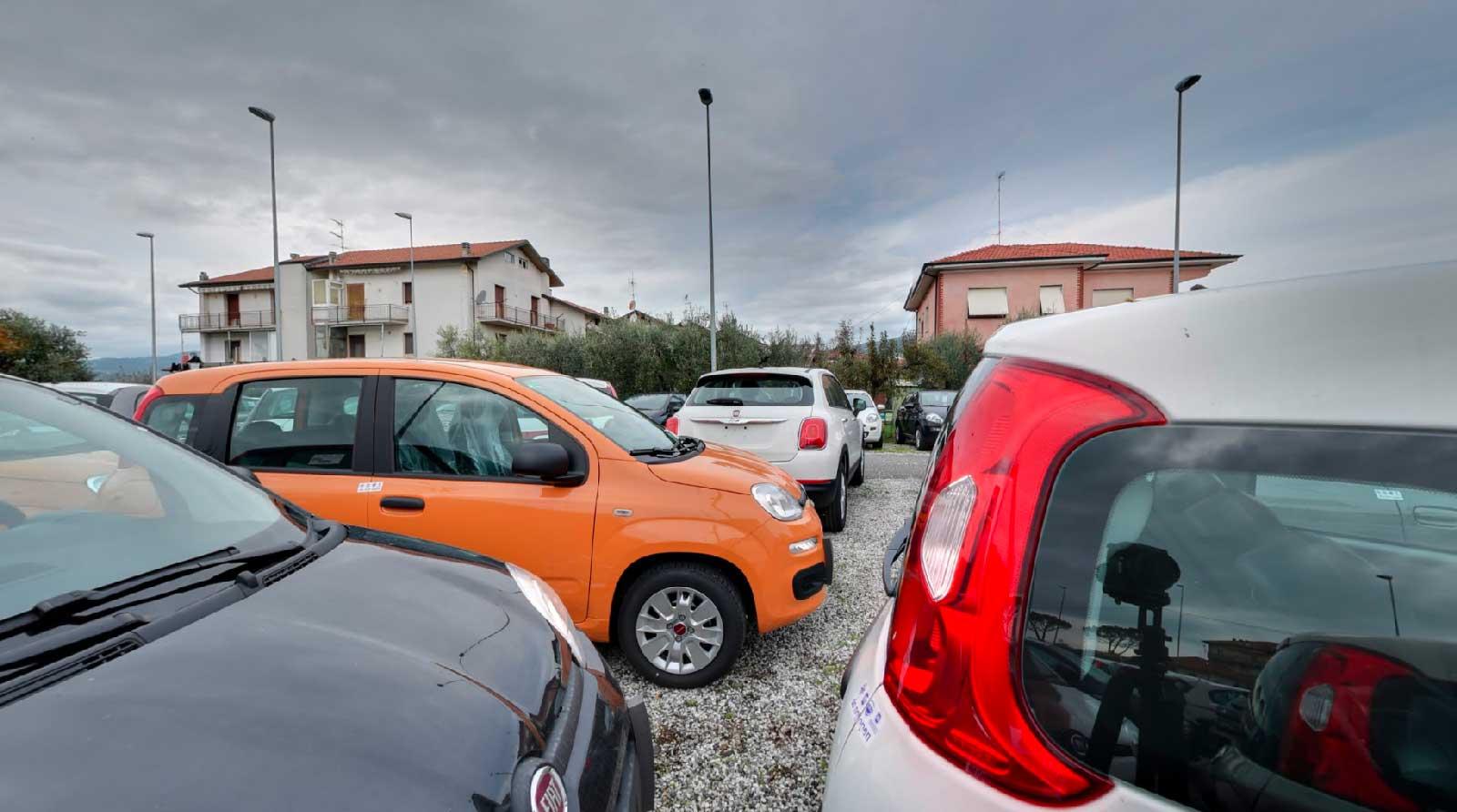 Simcar concessionario Fiat Santo Stefano Magra SP Servizio fotografico Google Street View
